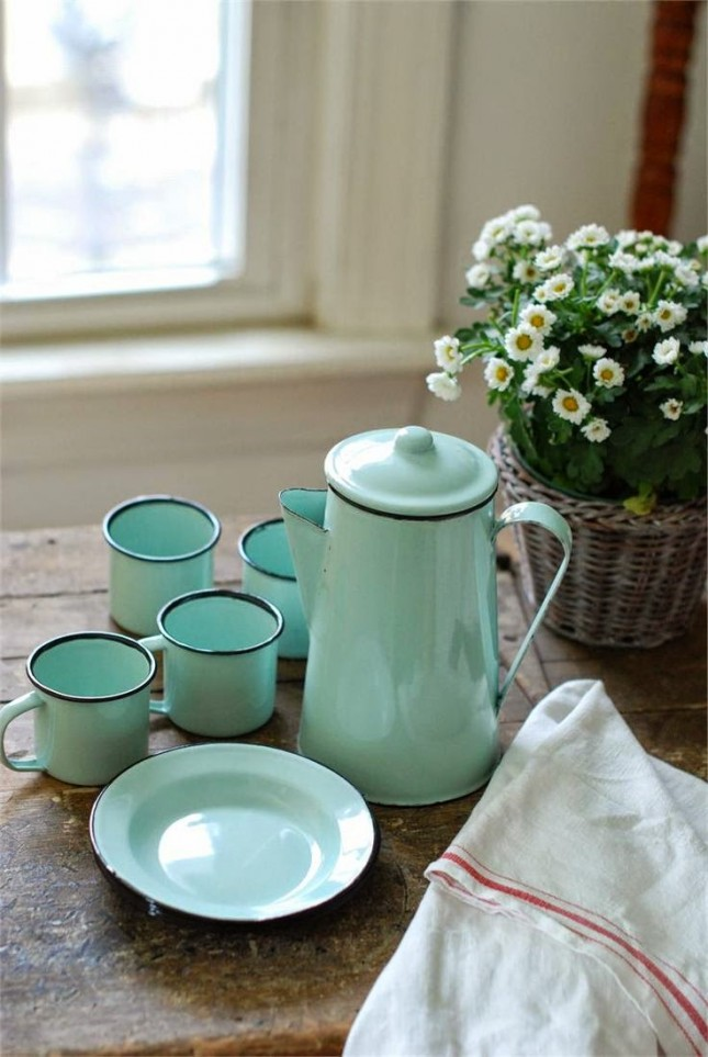 aqua-dishes-645x963